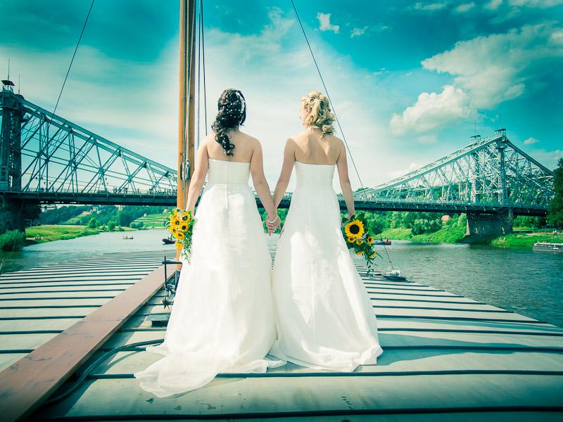 Zwei Bräute – eine Hochzeit.