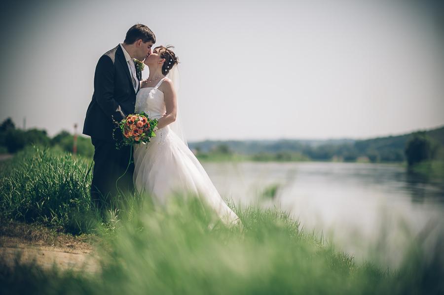 Die Hochzeitsfotografen in Meißen – cooles Pärchen bei heißen Temperaturen