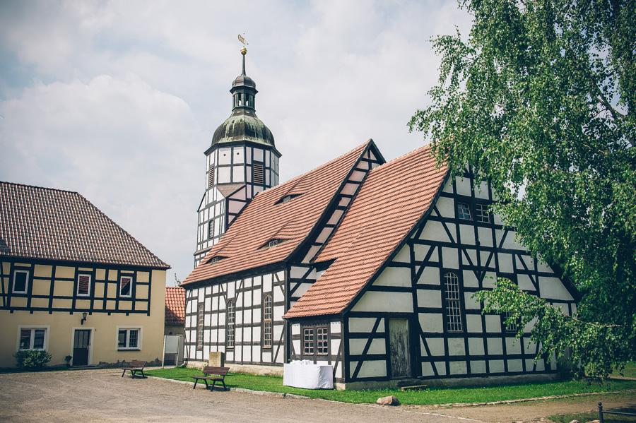 Hochzeit in der Fachwerkkirche Saathain